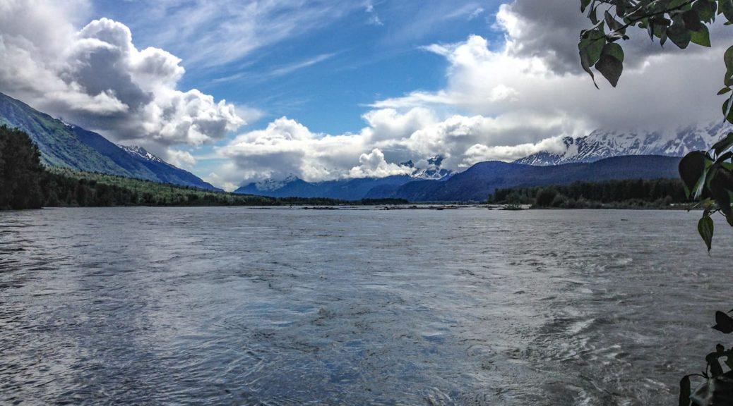 Aussichtspunkt am Chilkat River kurz vor Haines